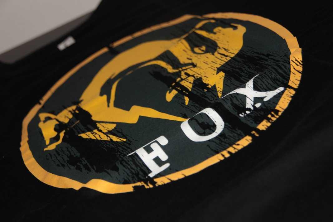t-shirt fox mgs noël